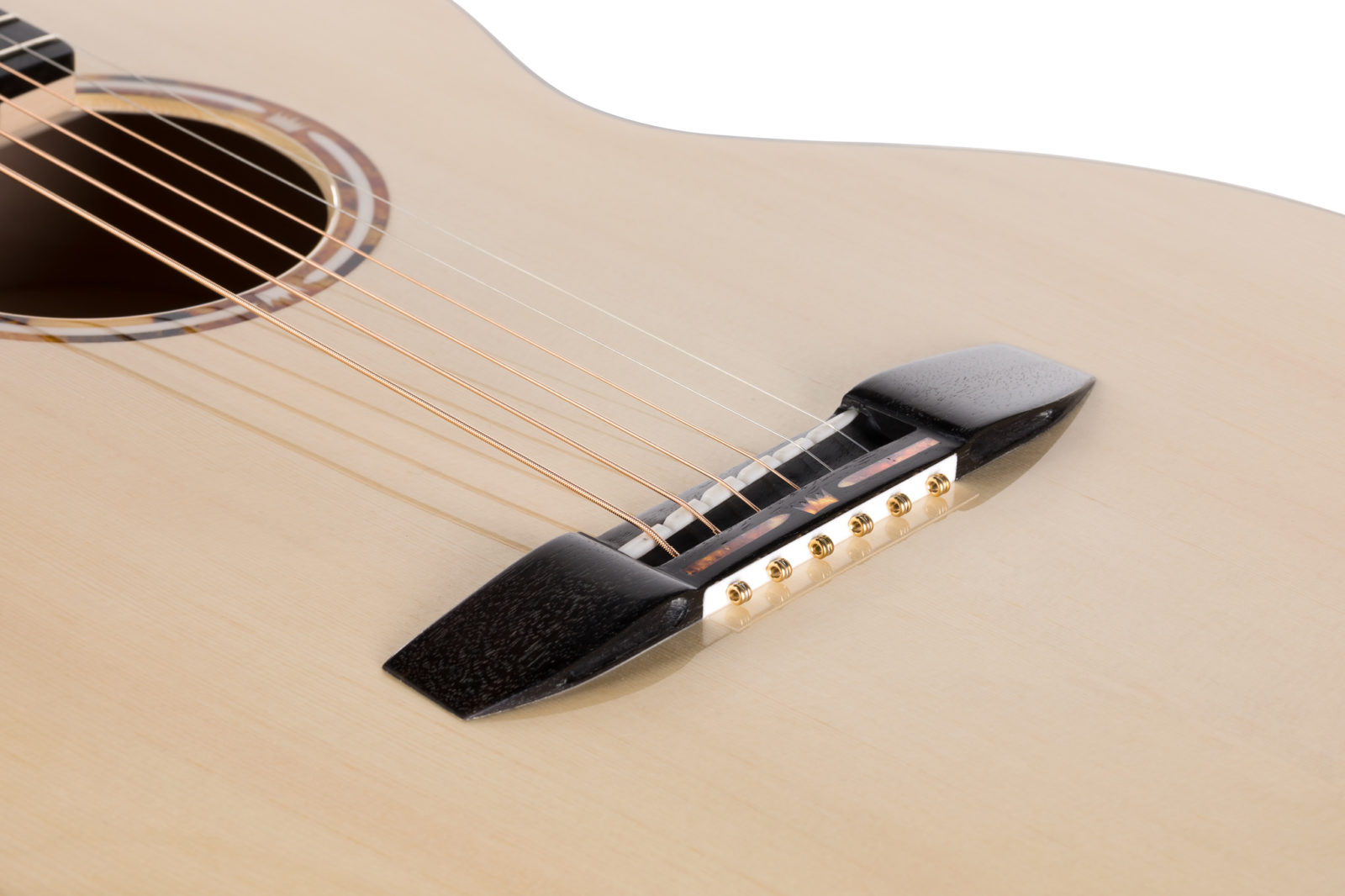 Acoustic Guitar Bridge innovative struture